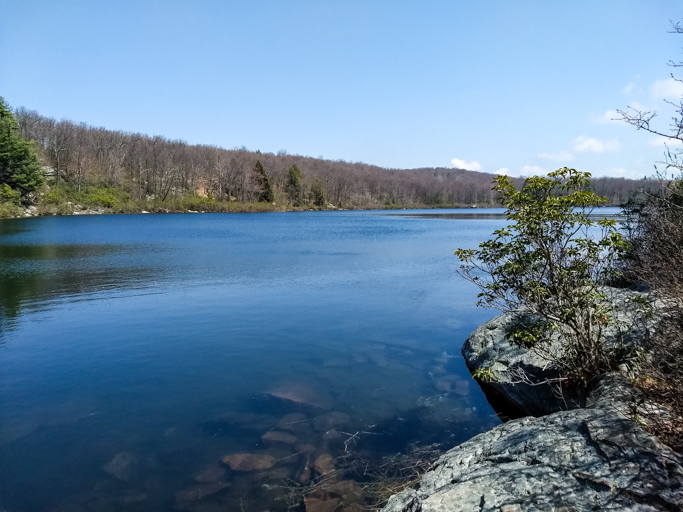Delaware Water Gap – Buttermilk Falls and Crater Lake Loop