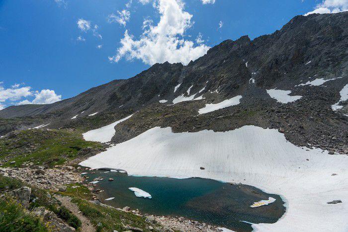 Isabelle Glacier Trail alpine lake